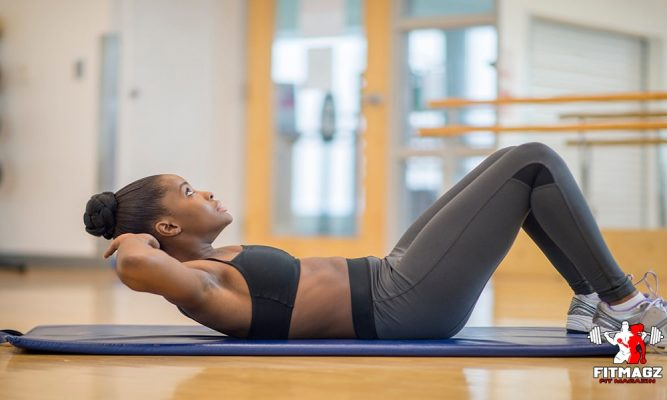 Crunching exercise helps build body muscles quickly
